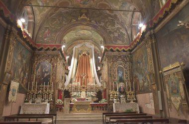 Interno chiesa Santa Croce Gandino
